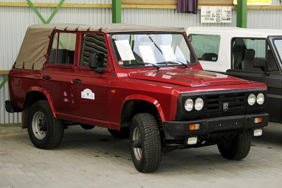 Automobile Romanesti - Aro - Aro 241